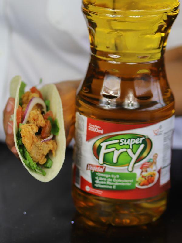 Preparar fish taco con la ayuda de Super fry